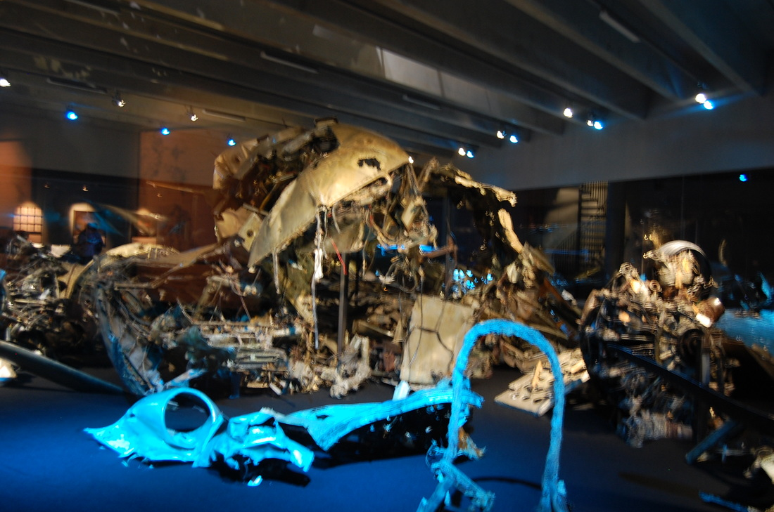 The salvaged wreckage of the DC-3 on display at the Flygvapenmuseum, Linköping (photo: JB)