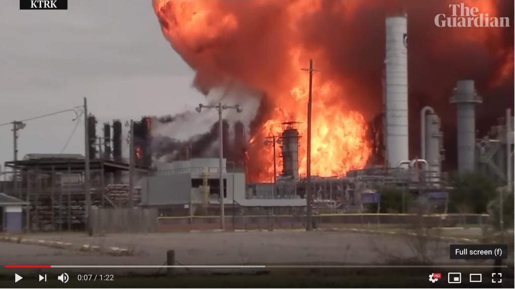 Screen shot of the Guardian´s YouTube video form the petrochemical fire in Texas.